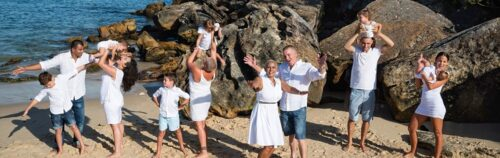 Large family 13 people session at Shelly Beach